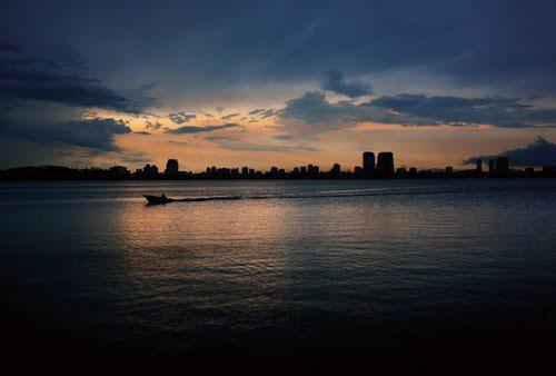 PS给风景照片调出傍晚色调