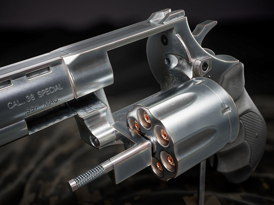在ZBrush中制作左轮手枪模型
